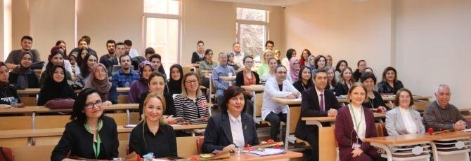 Bezmialem Vakıf Üniversitesi Eczacılık Fakültesi Kurum Eğitimi